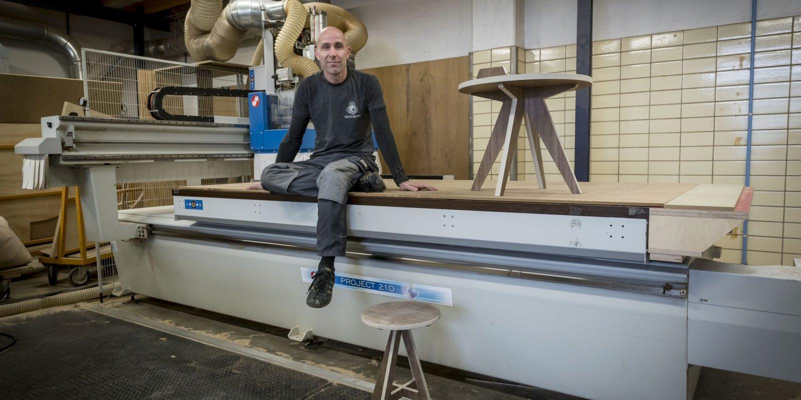 Vakschuur Wonen&Co. Roelf Zersch van De Tafelheren. Foto Geert Job Sevink (beschrijving is niet bedoeld als fotobijschrift)